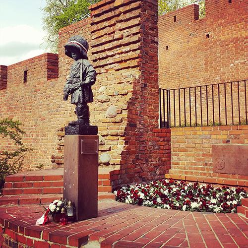 Warszawa 2016 Pomnik Małego Powstańca