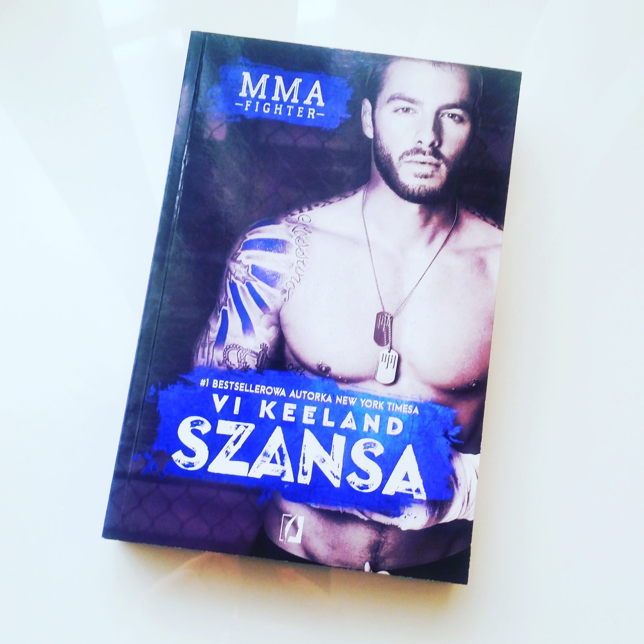 Szansa Worth the chance MMA Fighter Vi Keeland